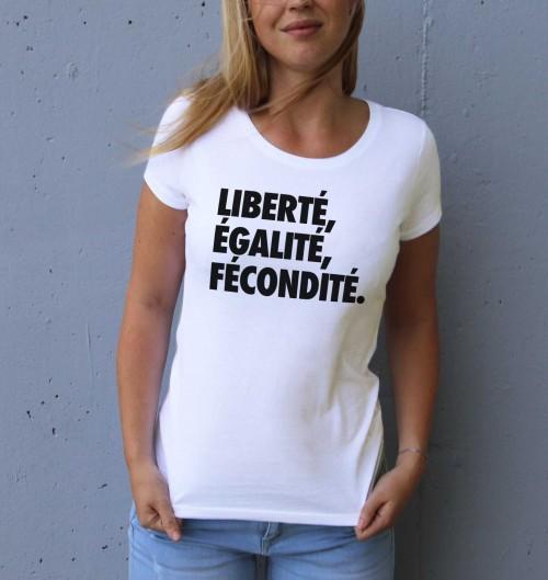 T-shirt pour Femme Femme Liberté, Egalité, Fécondité de couleur Blanc