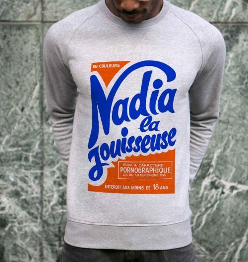 Sweat pour Homme Nadia La Jouisseuse de couleur Gris chiné