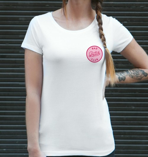 T-shirt pour Femme Bad Bitch Club de couleur Blanc