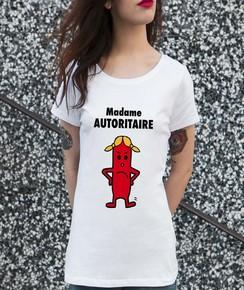 T-shirt à col rond Madame Autoritaire