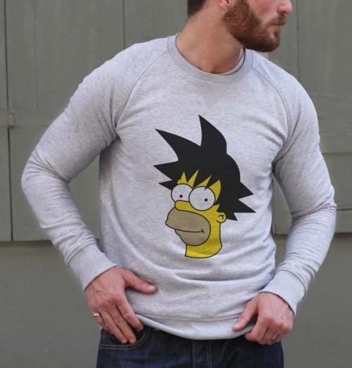 Sweat pour Homme Homer vs Goku de couleur Gris chiné